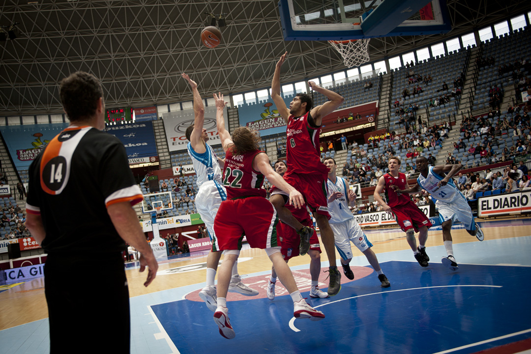 (Gari Garaialde / Bostok Photo)agun Aro GBC Vs Granada